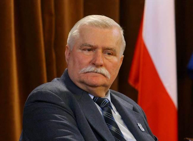 Lech Walesa (in Polish spelling Lech Wałęsa) | Tour guide ...